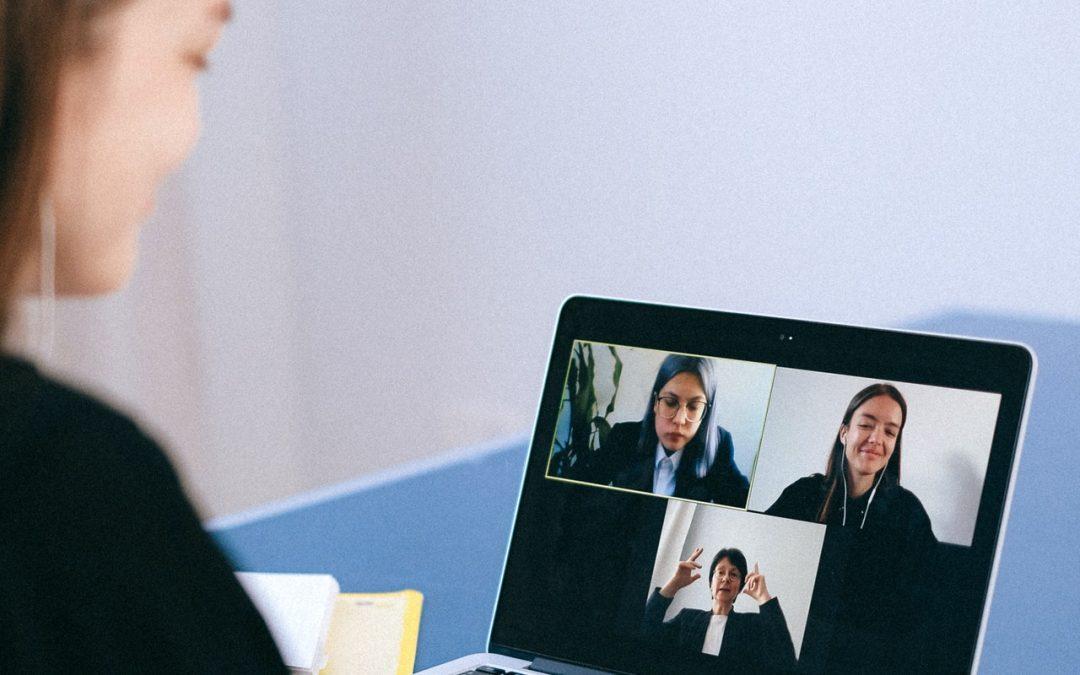Comment mener des réunions inclusives dans un monde virtuel